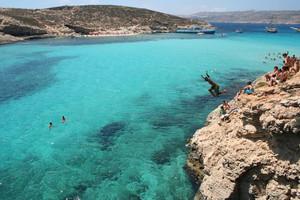 Malta - pobřeží a útesy