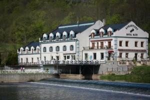 Romantické ubytování hned vedle Karlštejna.