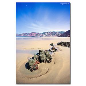 Portugalsko - pláž s pískem a kameny